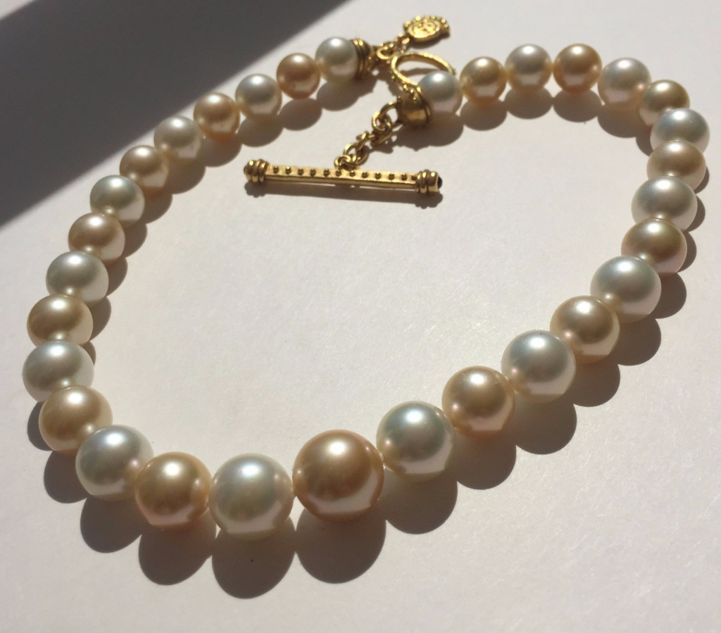 22k gold clasp and freshwater pearl necklace from Denise Roberge