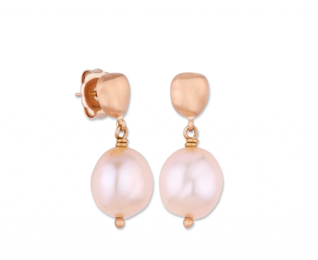 Lydia earrings in 22k Peach Glow gold with pink freshwater pearls, $1,650; email paul@likabehar.com for purchase