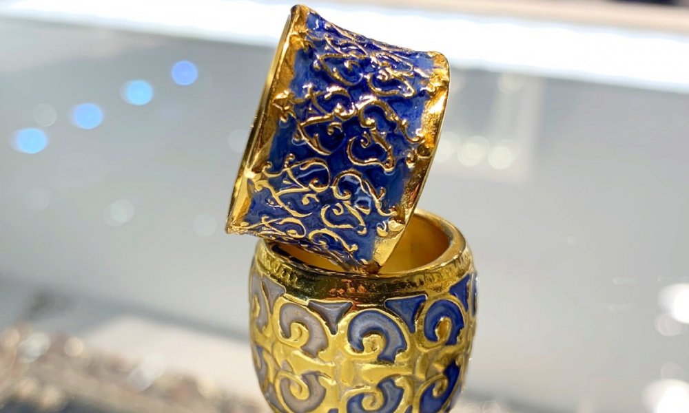 Bands in 24k gold-plated silver with lacquer, €500 apiece; email b.haas@barbara-haas.de