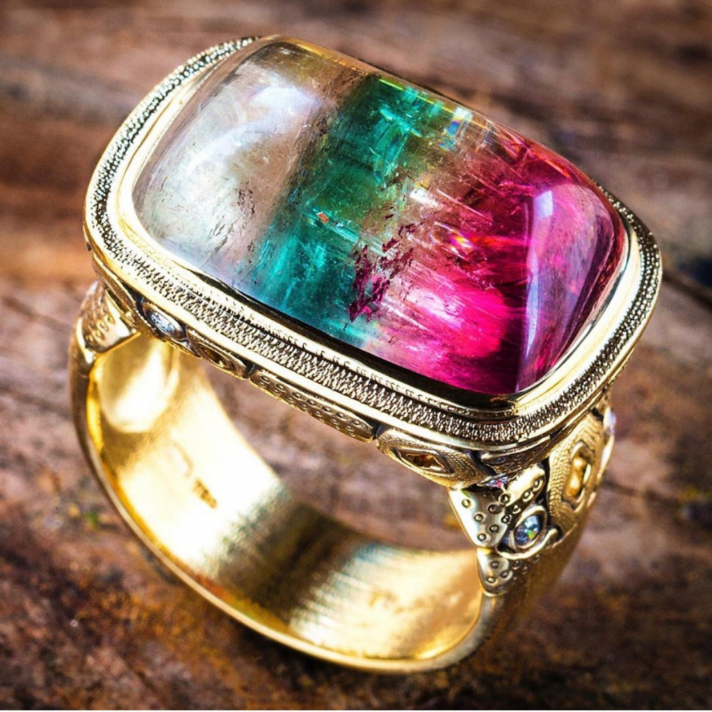 Ring in gold with watermelon tourmaline from Alex Sepkus