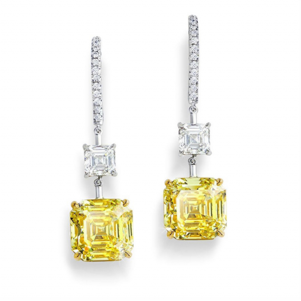 Exceptional diamond earrings from Forevermark worn by Amanda Seyfried